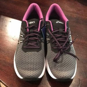 ASICS Running Sneakers NWT/Box